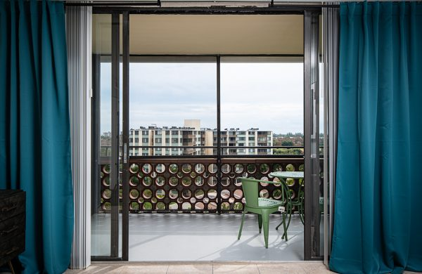 Model Apartment Patio